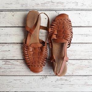 COMFORTIVA Huarache Pillowtop Sandal Almond 11